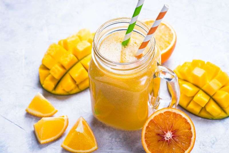 Mango y naranja